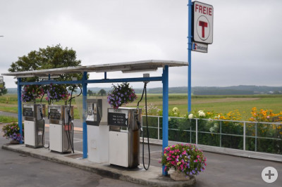 Blumenreichste Tankstelle im Kreis Tuttlingen